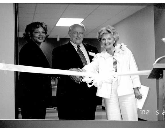 East_ribbon_cutting